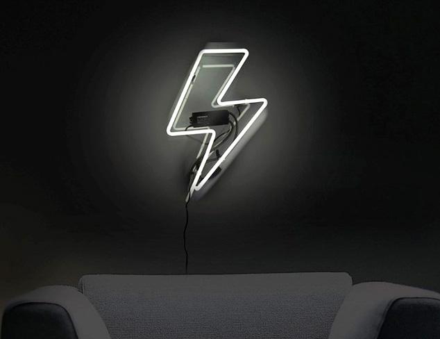 Oliver Gal Canvas & Neon Art at MYHABIT