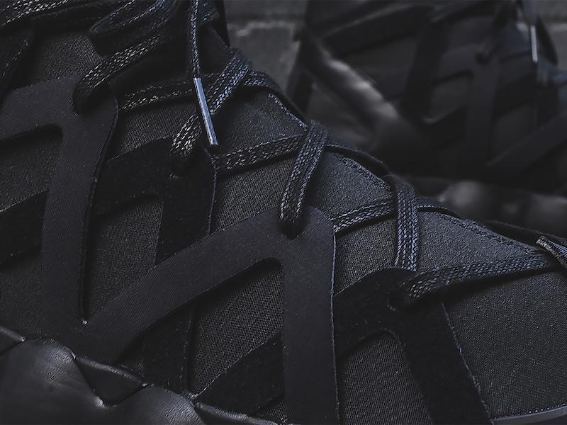 Y-3 Yohji Yamamoto Kyujo High Sneakers in Triple Black_8