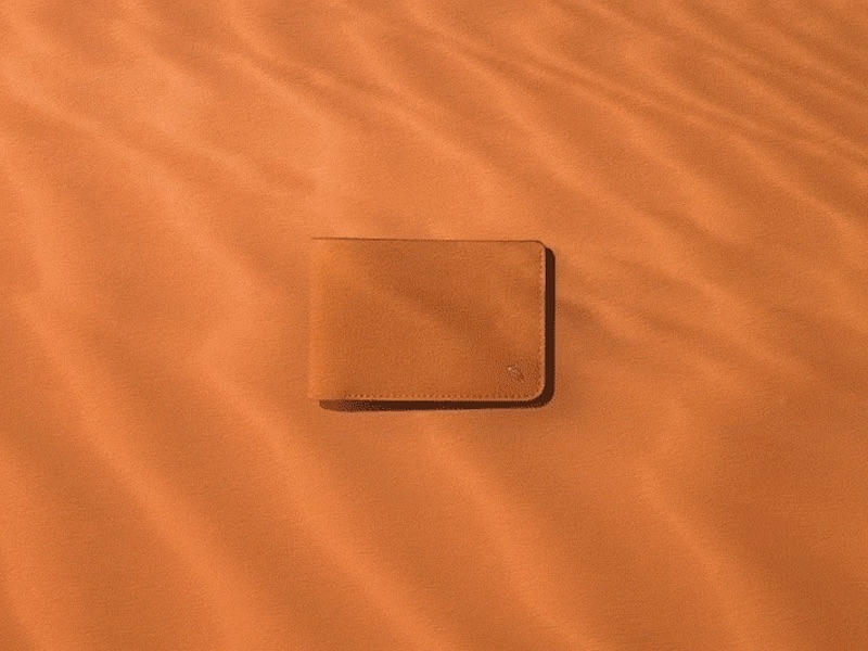 Bellroy XO Barneys New York Hide & Seek Billfold Tan