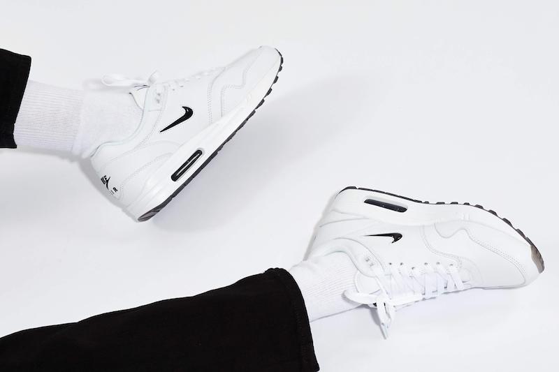 Nike Air Max 1 Premium SC Jewel Swoosh WhiteBlack