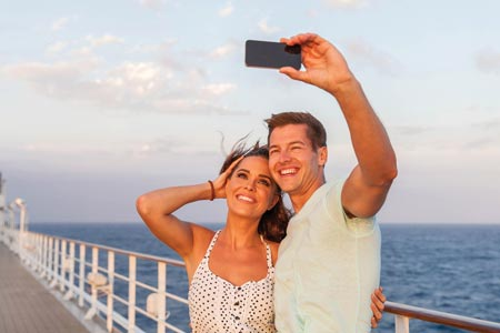 taking a selfie on a cruise