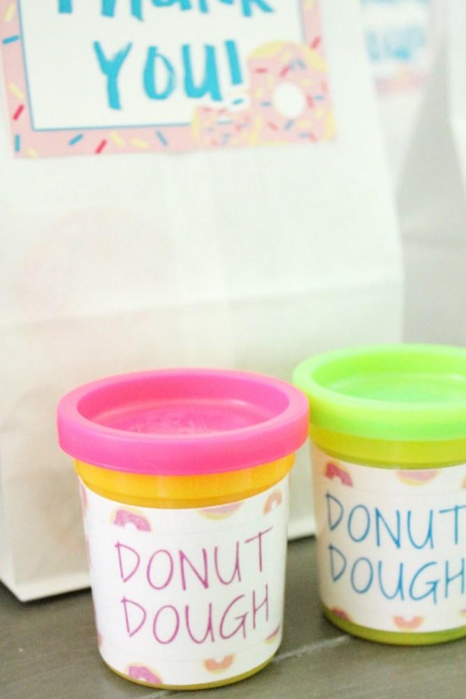 donut dough favors