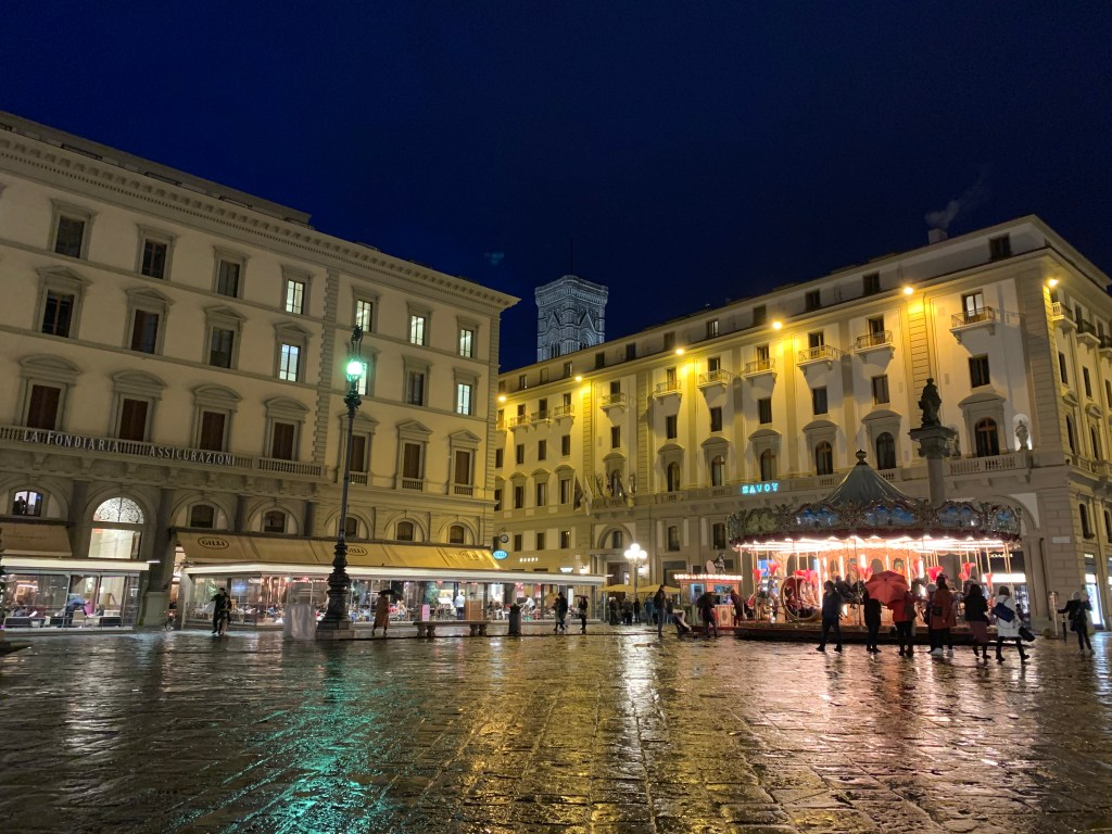 piazza della republica- Florence's Top Beautiful Places