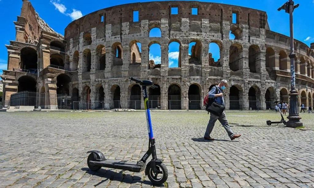 dott electric scooter sharing in Rome by Lifetime Traveller