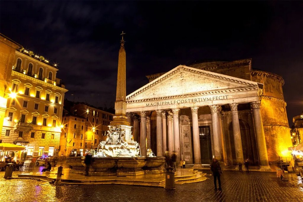 piazza della rotonda-pantheon, top beautiful squares in Rome Italy