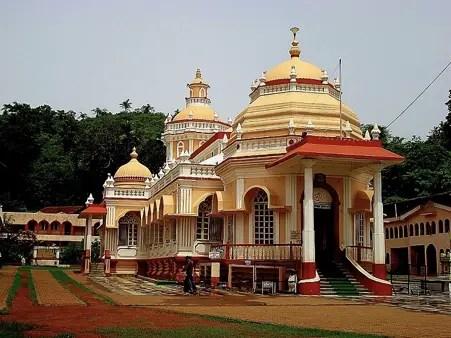 Shree Mangeshi Temple, Goa (image source: Wikimedia Commons), Best Picnic Spots in Goa India