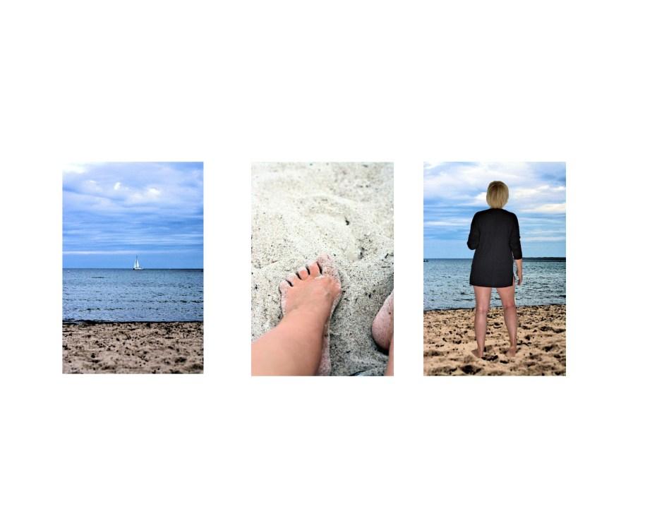 An die Ostsee reisen: Füße im Sand, Segelboote, klares Wasser