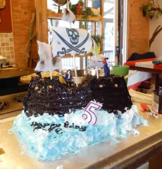 pirate shipcake