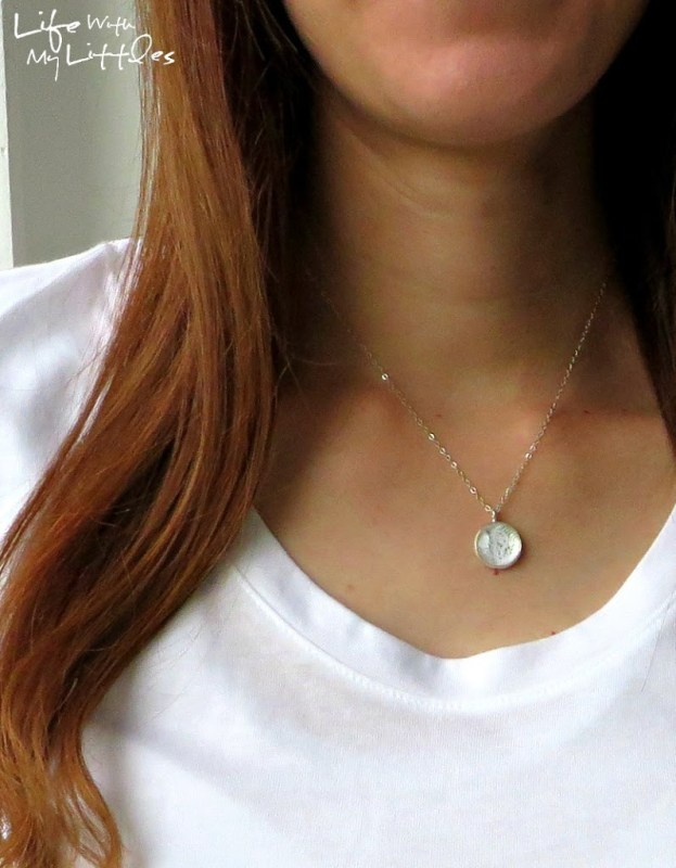 DIY Wedding Dress Necklace Tutorial: Use a tiny piece of your wedding dress to make this quick and easy pendant. Looks gorgeous and a great thing to do with your dress after the wedding!