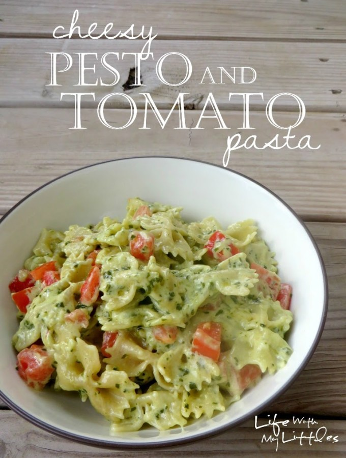 Cheesy Pesto and Tomato Pasta