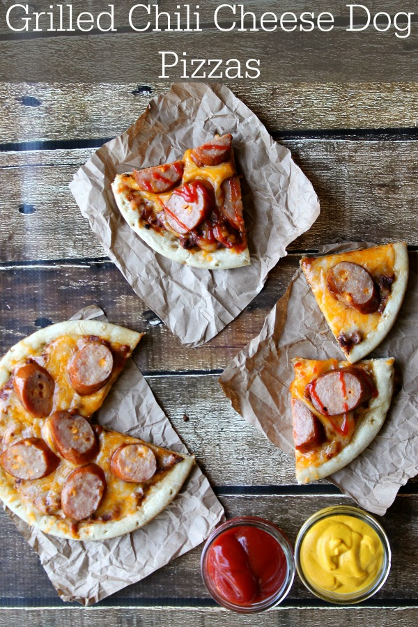 Grilled Chili Cheese Dog Pizzas #CollectiveBias