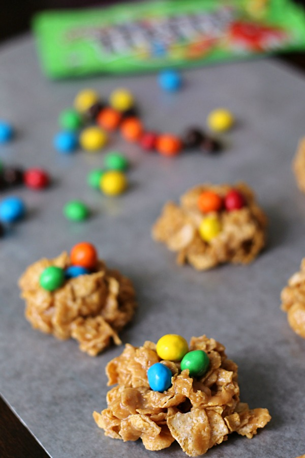 No Bake Peanut Butter Cookies with M&M's Crispy #CrispyIsBack #CollectiveBias