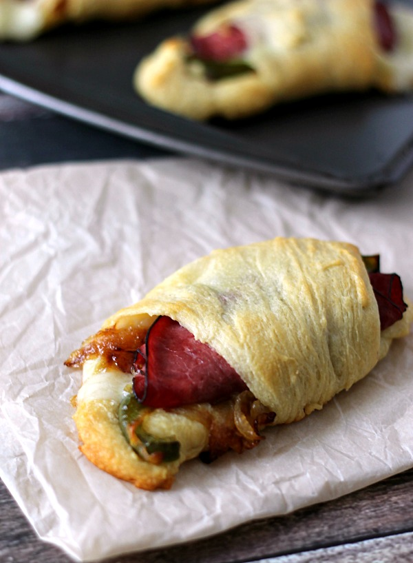 Cheesesteak Roll Ups