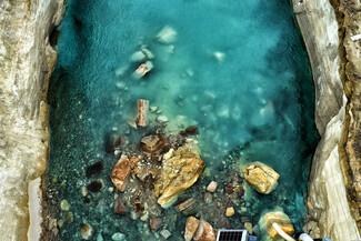 Μεγάλοι όγκοι πρανών πεσμένοι στη Διώρυγα της Κορίνθου. ΑΠΕ-ΜΠΕ/ΒΑΣΙΛΗΣ ΨΩΜΑΣ