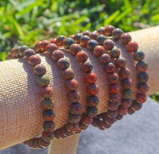 DeAli Creations - Handmade Crystal Jewelry and Resin Art - DeAliCreations.com