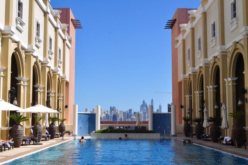 Hotel em Dubai - O bairro Sheikh Zayed Road fica distante dos centros turísticos de Dubai