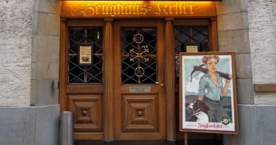 Restaurante Zeughauskeller em Zurique na Suíça