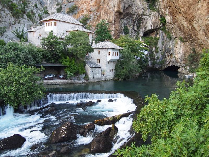 Blagaj Bosnia e Herzegovina - O monastério