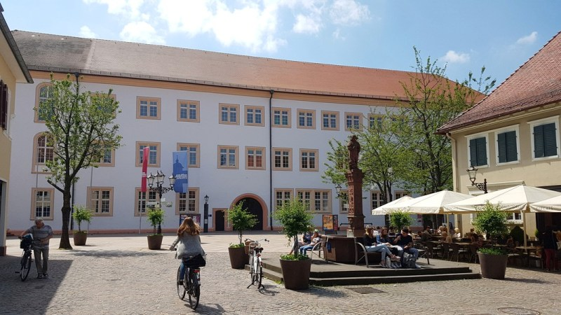 Castelo de Ettlingen Alemanha - Frente do castelo