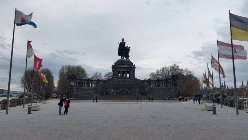 Koblenz Alemanha - Deutsches Eck e a estátua de Kaiser Wilhelm I