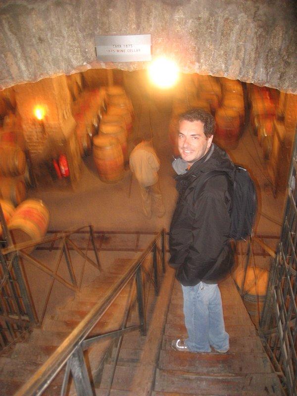 Vinícola Santa Carolina em Santiago do Chile - Tour pela Cave subterrânea