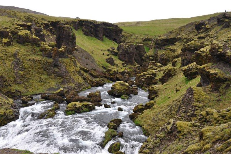 viagem islandia skógafoss - vista da parte de cima da cachoeira
