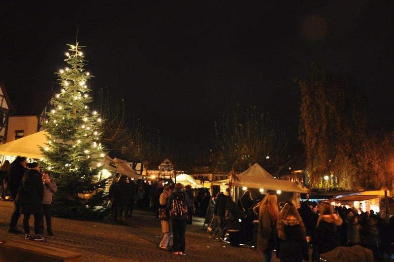 Mercado de Natal de Oberursel na Alemanha - Praça da Arvore de Natal