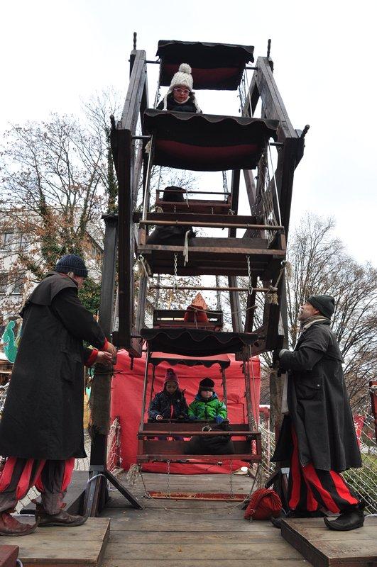 Mercado de Natal Pforzheim Alemanha - Roda gigante manual