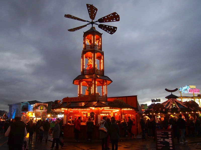 Calendário de Mercado de Natal - Winter Wonderland em Londres na Inglaterra