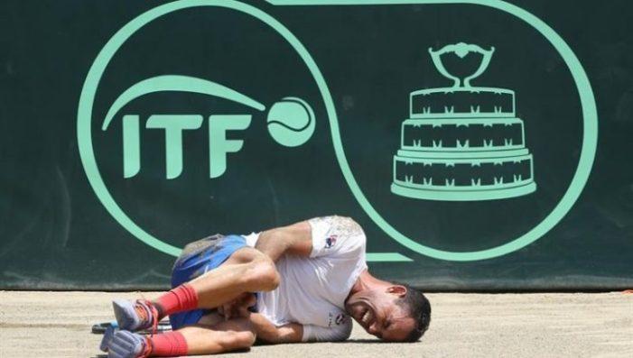 #VIDEO: Víctor Estrella se lesiona; Colombia gana la Copa Davis