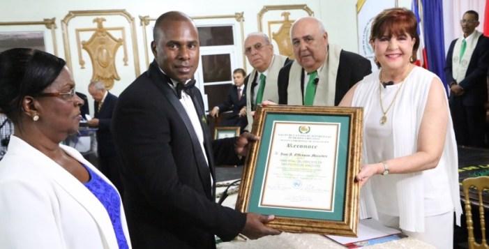 Seis deportistas son inmortalizados en San Pedro de Macorís