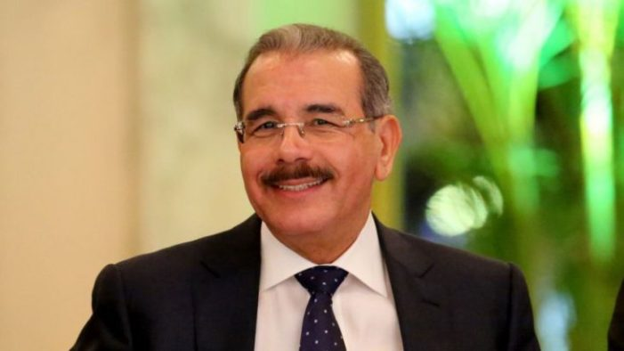 Danilo Medina felicita a los Tigres del Licey tras la victoria