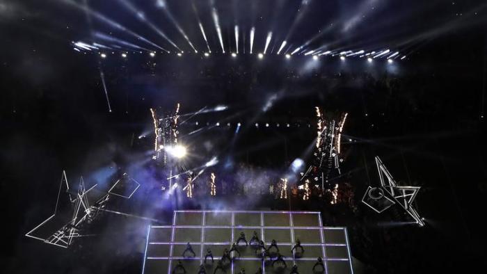(NFL) Lady Gaga logra espectáculo brillante y con mucha inclusión
