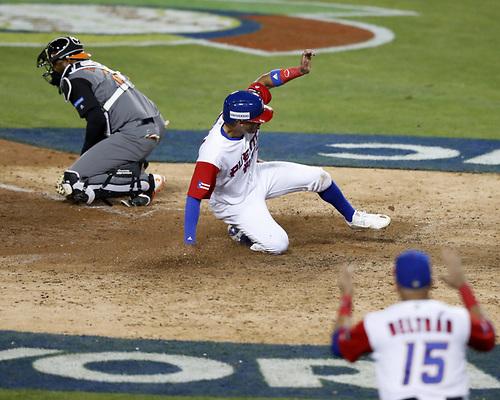Puerto Rico elimina a Holanda y pasa invicto a la final