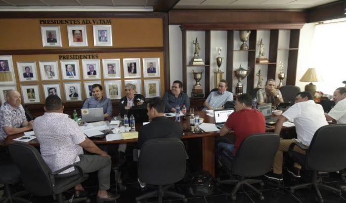 Aguilas seguirán con conexión cubana. John Camargo en el radar de aguiluchos.