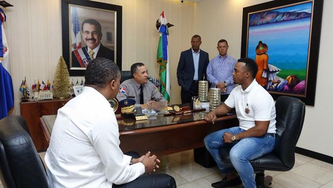 Pelotero Jean Segura se reúne con PN luego que denunciara ser maltratado por agentes del DICAN