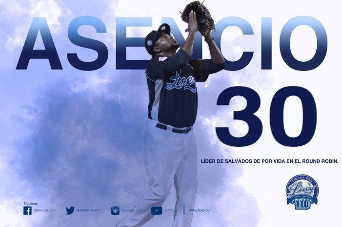 Jairo Asencio logró su salvamento #30 en el Round Robin y es el líder de todos los tiempos