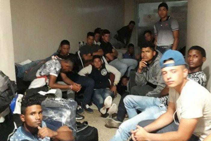 Dominicana devuelve a Venezuela grupo de peloteros retenidos en aeropuerto