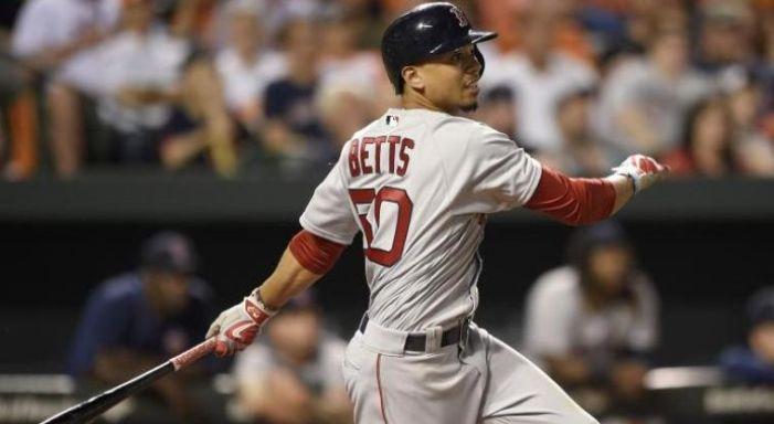 Mookie Betts le pone fecha a Red Sox para negociar extensión de contrato