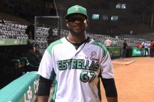 Estrellas designan Manny García como coach de pitcheo