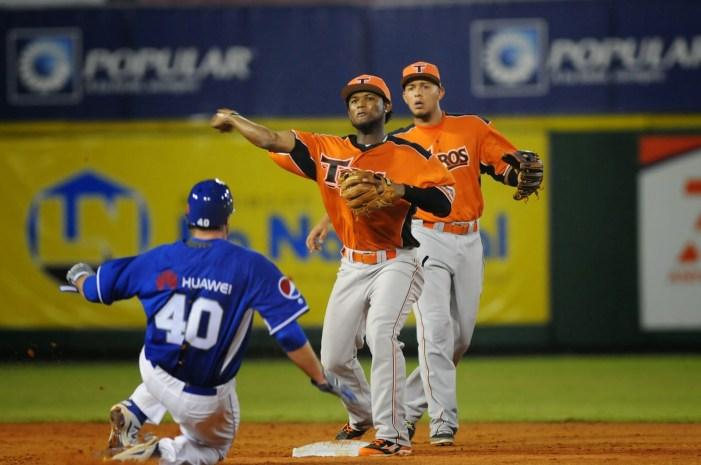 En kilométrico partido de 19 innings, los Tigres superaron a los Toros 7 por 5