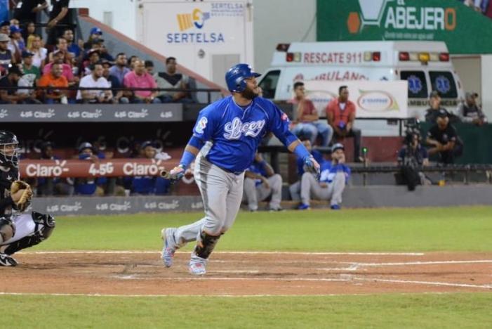 Licey logra victoria 1,800 en la Liga Dominicana de Béisbol