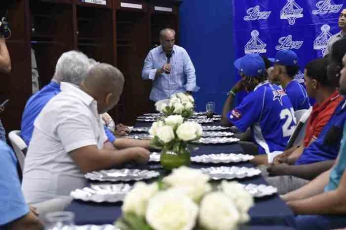 Licey ofrece recepción a jugadores del draft