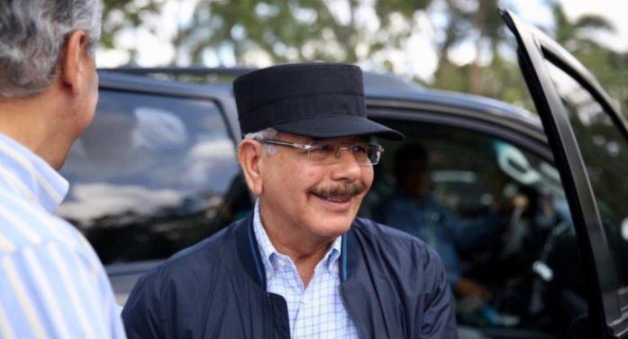Presidente Medina felicita a Los Toros del Este por su triunfo en el béisbol dominicano