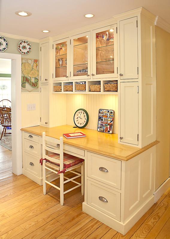 kitchen desk brick effect wall tiles shaker style eat in area stoarge storage liggett portfolio