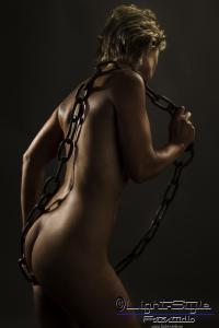 A15H0109 241 200x300 - Kühler Herbst -- heiße Fotos - allgemein - Frauen, erotische Porträts, Erotik, Aktfotos