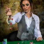 Nicola The Gambler 2017 12 - Winterwonderland - im Studio - rund-um-rodenbach, portraets, besondere-portraets, abseits-des-alltags - Porträts, Glamour, Frauen, besondere Porträts