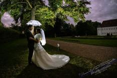 H18L0106 1009 - After Wedding Shooting Teil 1 - hochzeitsfotos, afterwedding, abseits-des-alltags - outdoor, Hochzeitsfotos, Glamour, Geschenke, Die Geschichte hinter den Fotos, After wedding