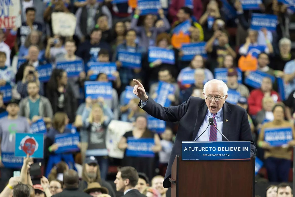 bernie-sanders-addressing-the-crowd