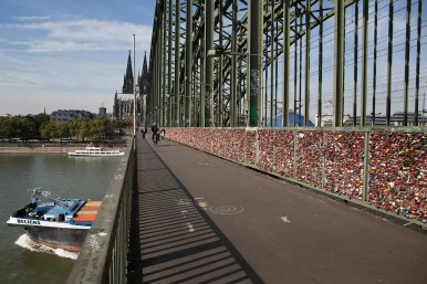 cologne-locks